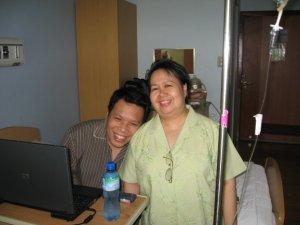 ghostlightning-mama-hospital-when-i-caught-pneumonia