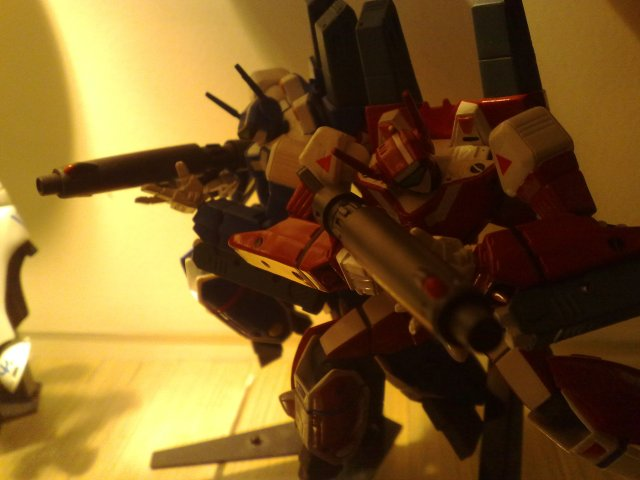vf-1j max & millya  blue & red